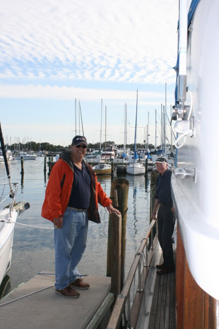 Norm and Ian docking the boat