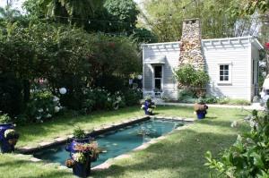 Mina Edison's Moonlight Garden