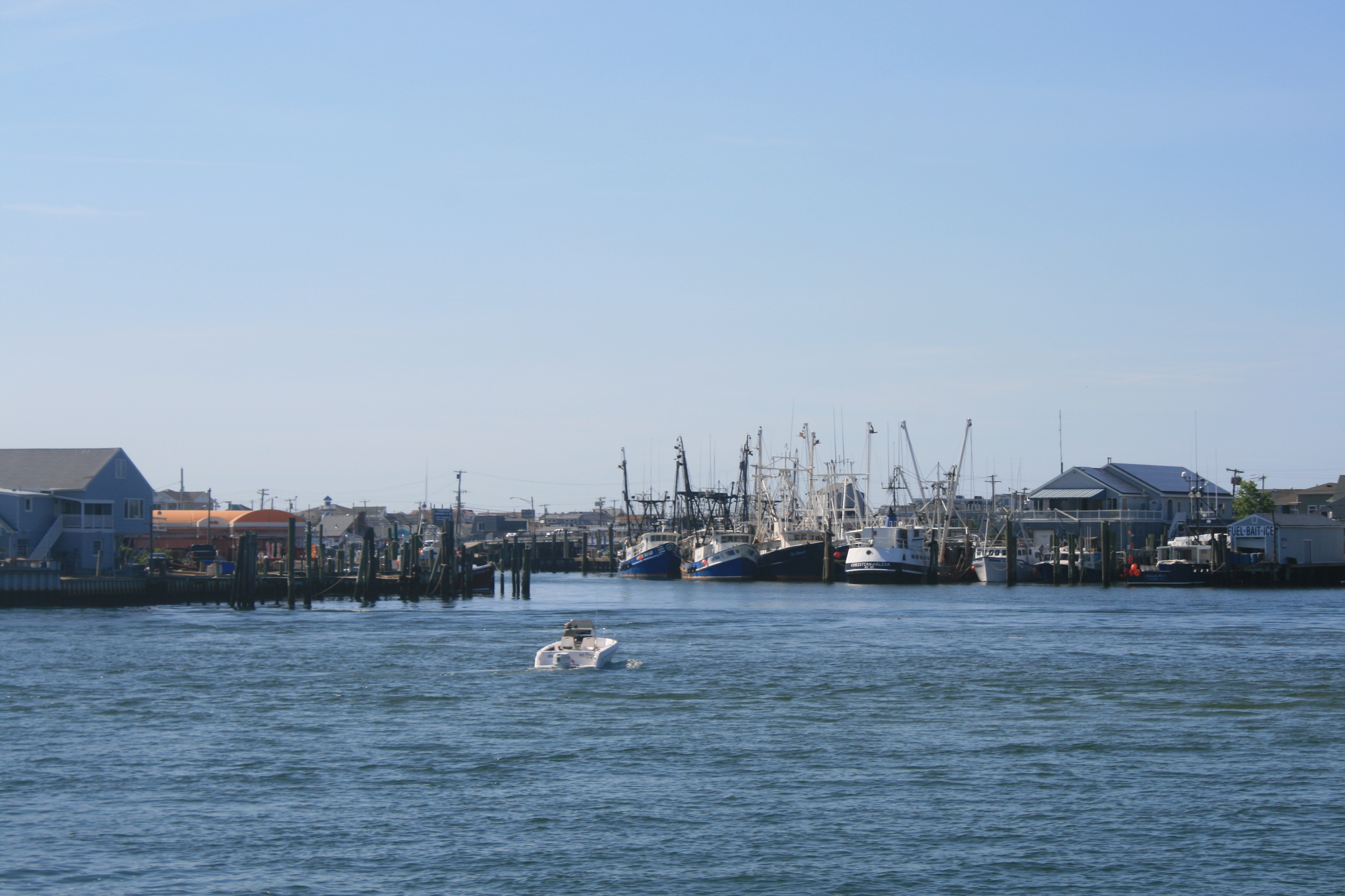 June 2015 talesfromtheamericanwaterways for Manasquan inlet fishing