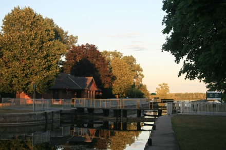Lock 8 in the evening