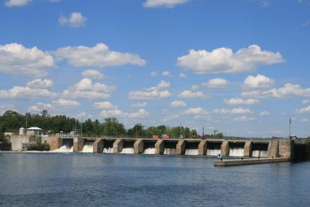 The dam at Lock 4