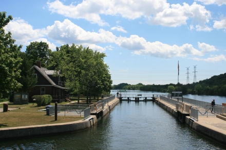 Leaving lock 4