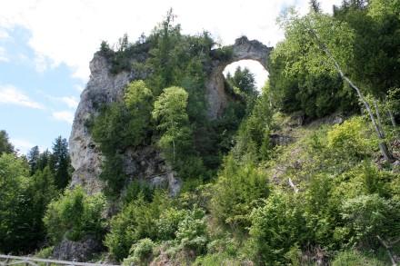 IMG_0028Breccia Limestone arch